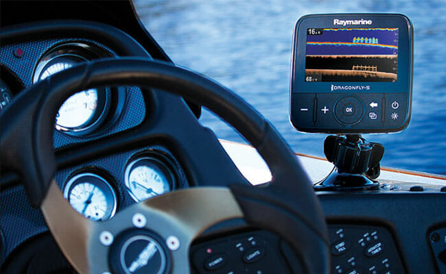 Raymarine Dragonfly 7 PRO on the boat mount